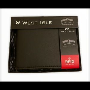 🔥RARE🔥 West Isle 100% Genuine Leather Wallet